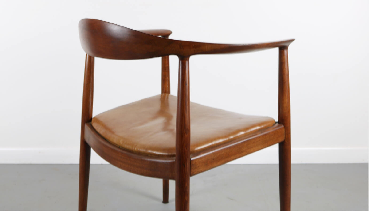 Hans Wegner - The Chair